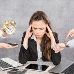 Le trop plein d'informations peut générer du stress et de l'anxiété et conduire au burn-out professionnel